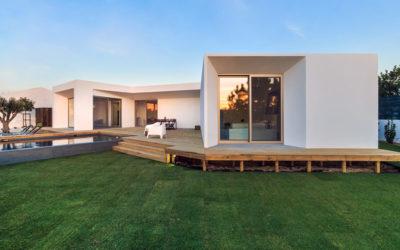 Okres budowy domu jest nie tylko ekstrawagancki ale również niesłychanie skomplikowany.